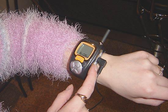 Фото 2 - так выглядят часы на руке